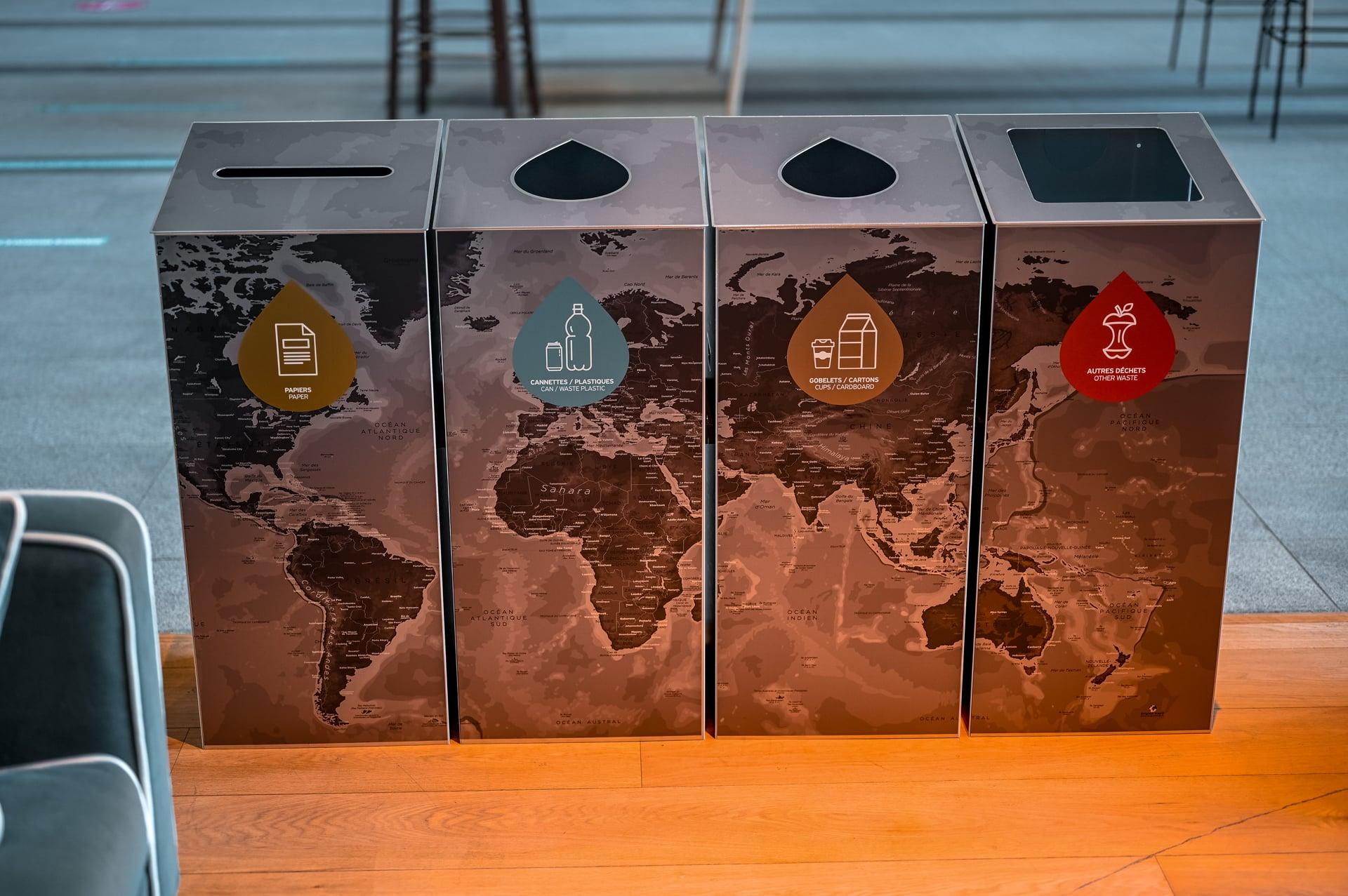 poubelle de tri design pour entreprise